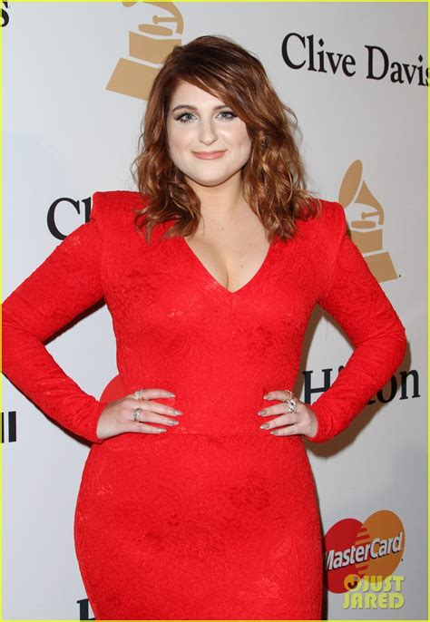 meghan trainor 2016 new hair meghan trainor debuts new hair color at pre grammys party