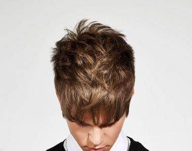 moderner haarstyle  frauen