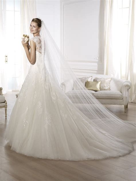 Tips for Choosing a Wedding Dress   Modes Bridal Boutique