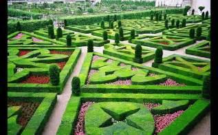 Lavender Labyrinth garden of love at ch 226 teau de villandry most romantic