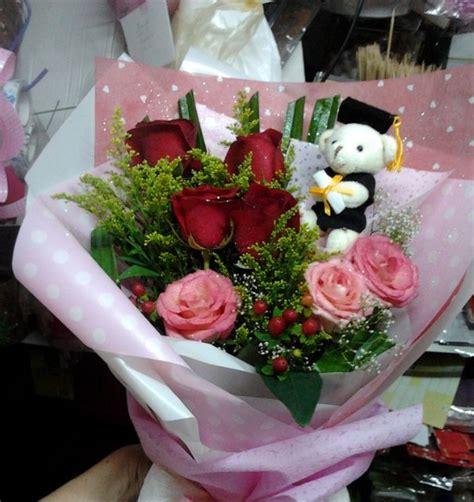 buket bunga mawar  wisuda toko bunga  tws