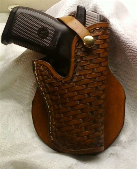 Handmade Gun Holsters - custom american made plain fancy tooled gun holsters