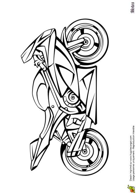 Une superbe moto à colorier   gâteaux moto   Motos dibujos
