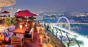 Bar On Top Of Marina Bay Sands Selective Six Best Rooftop Bars In South East Asia