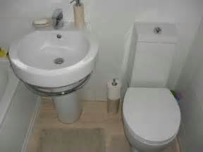Small Bathroom Floor Mats Bloombety Small Toilet With Floor Mat Provide A Spacious