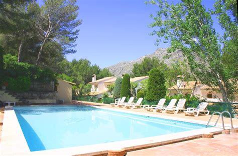 7 Bedroom Villas Rent Mallorca Semi Detached Villa To Rent In Cala San Vincente Mallorca