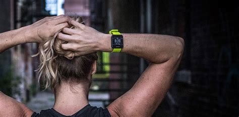 Garmin Forerunner 35 Smartwatch Limelight garmin forerunner 35 smartwatch lasts 9 days at a time