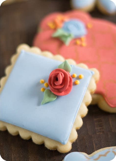 How To Make Decorated Cookies by 17 Best Ideas About Royal Icing Cakes On