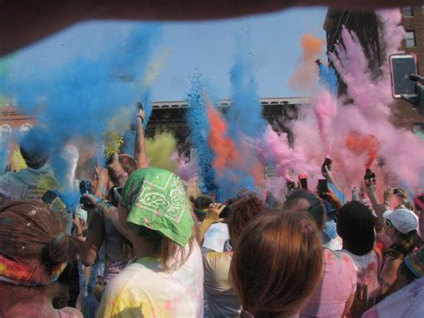 color run erie pa runphones 174 reveals erie pa enthusiasm impressed color run