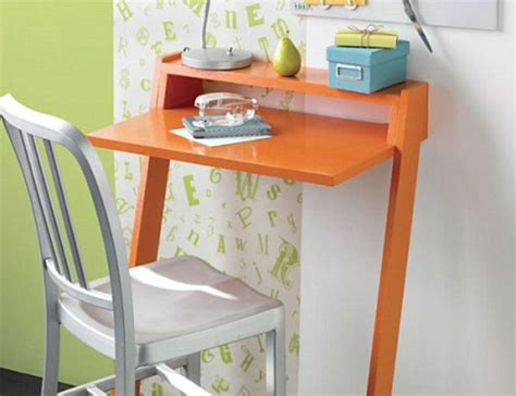 18 Diy Desks To Enhance Your Home Office Mini Laptop Desk