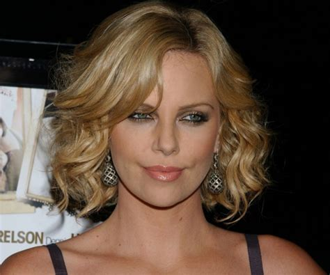 wavy bob hairstyles youtube spectacular curly bob hairstyles medium hair styles