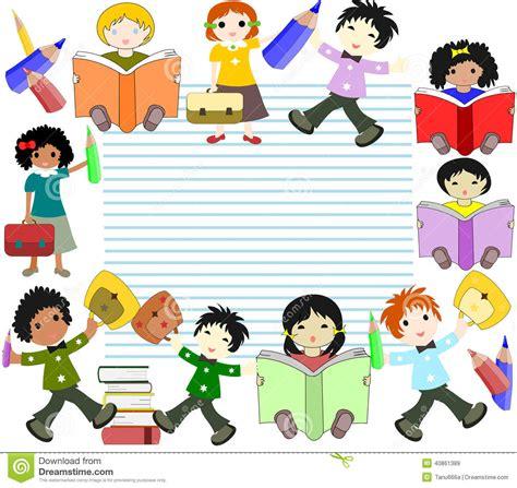 clipart bambini a scuola i bambini delle corse differenti leggono i libri e vanno a