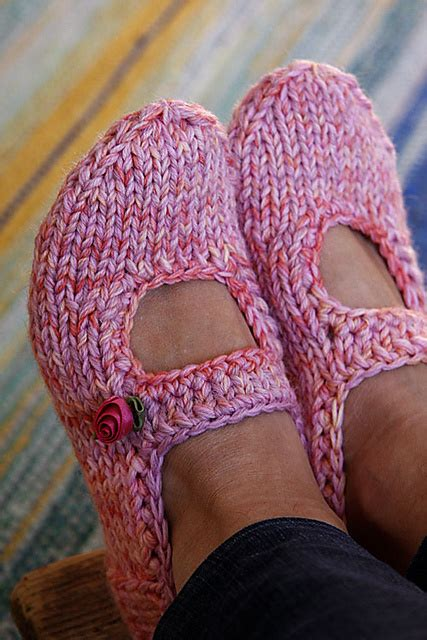 knitted shoes pattern free 20 diy slipper knitting patterns