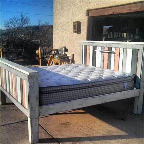 how to make a headboard and footboard 42 diy recycled pallet bed frame designs