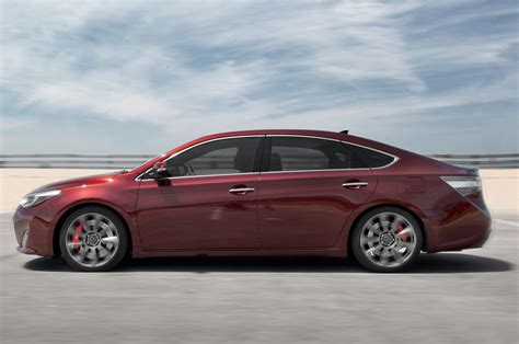toyota offers totd should toyota offer an avalon sport edition