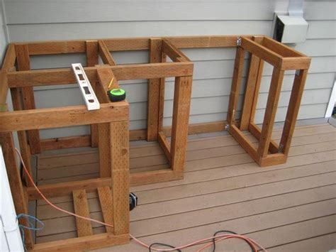 build outdoor kitchen cabinets dyi build