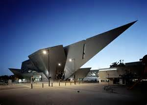famous contemporary architects 15 museums famous for their unconventional architecture