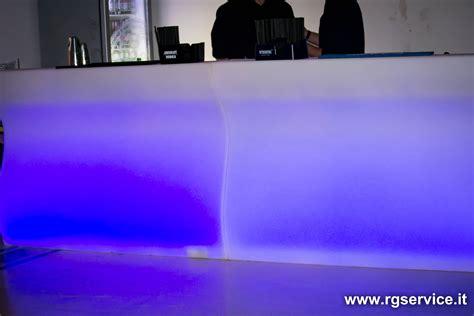 banconi bar illuminati banconi bar luminosi modulari in polietilene