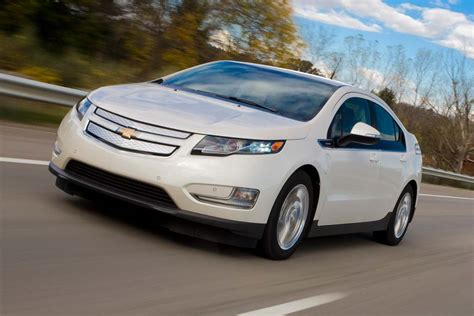 2013 Chevrolet Volt Review by 2013 Chevrolet Volt Review Great Daily Commuter Car But