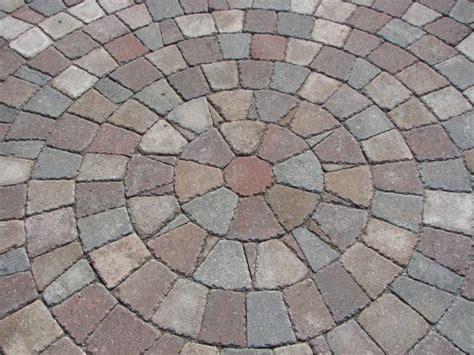 pavers into circular pattern garden ideas pinterest