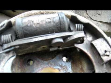 Brake System Malfunction Ford Ford Rear Drum Brake Auto Ajusting Yourepeat
