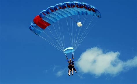 parachute dive tandem skydiving alain bard air