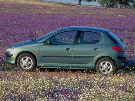 pezo car peugeot 206 past models
