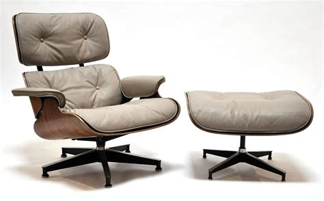 Eames Lounge And Ottoman Eames Lounge Chair And Ottoman Herman Miller At 1stdibs
