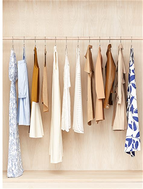 rent the runway launches west coast store opens