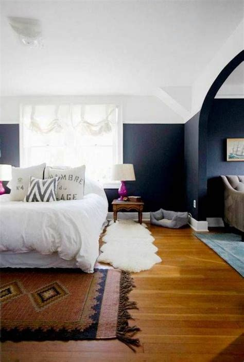 the light wood stain on this stickley bedroom set and 25 best ideas about two tone walls on pinterest two