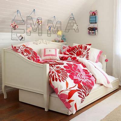 minimalist dorm room dorm room decorating ideas bedroom decorating ideas