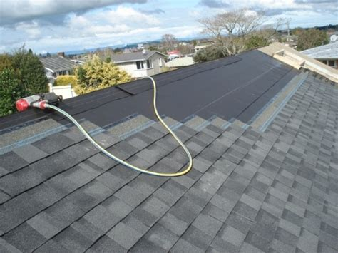 How To Install Shingles On A Hip Roof Asphalt Shingles Roofing Advantages And Disadvantages