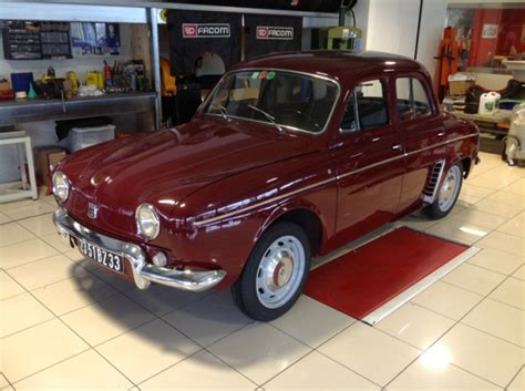 Interior Design 101 a vendre for sale renault dauphine gordini r1095 1967