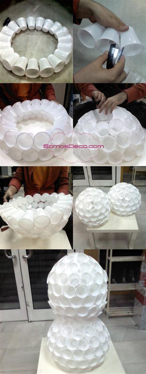 mueco de nieve con pocos vasos de plastico un mu 241 eco nieve con vasos de pl 225 stico paperblog