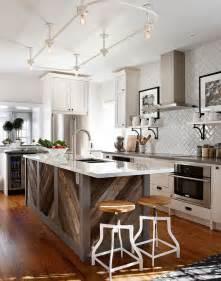 kitchens with islands ideas cuisine bois de r 233 cup 233 ration en 20 id 233 es d am 233 nagement