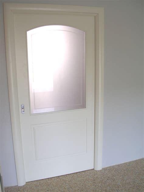 porta scorrevole legno e vetro porta scorrevole vetro e legno modello pantografato