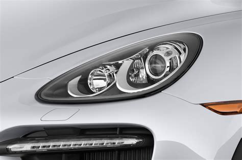 porsche headlights 2014 porsche cayenne reviews and rating motor trend
