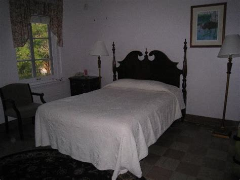 old bed guest bathroom picture of wakulla springs lodge wakulla