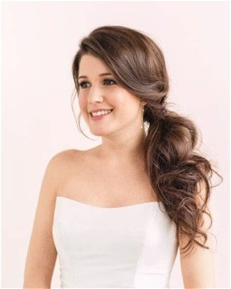 Real Wedding Hairstyles For Hair by 25 Best Ideas About Side Ponytail Wedding On