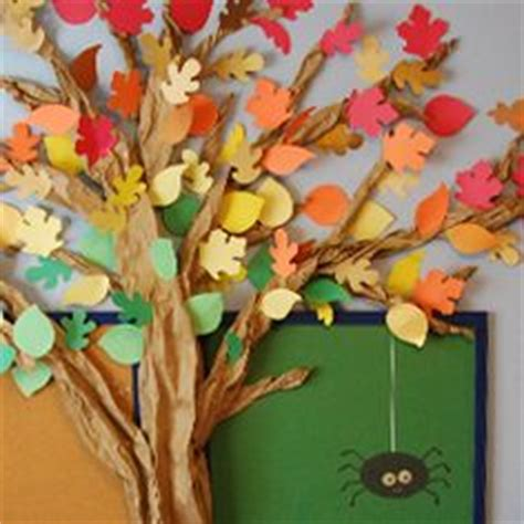 How To Make A Tree Out Of Construction Paper - tree i made out of construction paper and brown bulletin