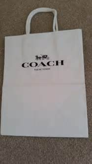 Tambahan Paperbags Coach Original coach white and black paper shopping bags tradesy