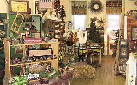 The Handmade Shop - the silent rooster in wonewoc wi yellowbot