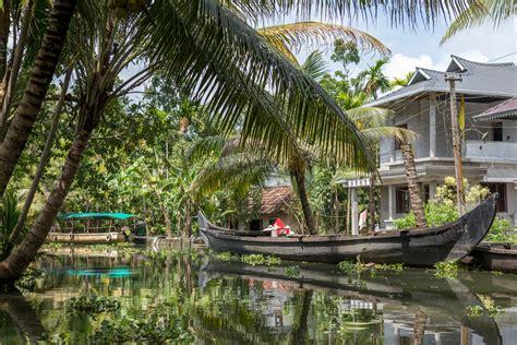 1325243752 backwaters du kerala a alleppey le kerala en backwaters explore le monde