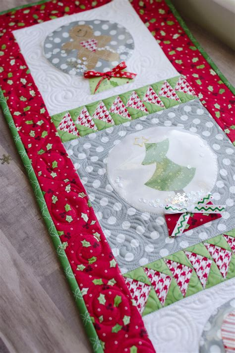 Logan Patchwork - jingle all the way sewing pattern book kimberbell designs
