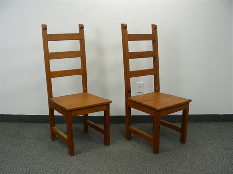 collectibles and gifts antique royal solid wood furniture 2 royal solid wood accent chairs ec 173 high end collectibles and accent furniture auction