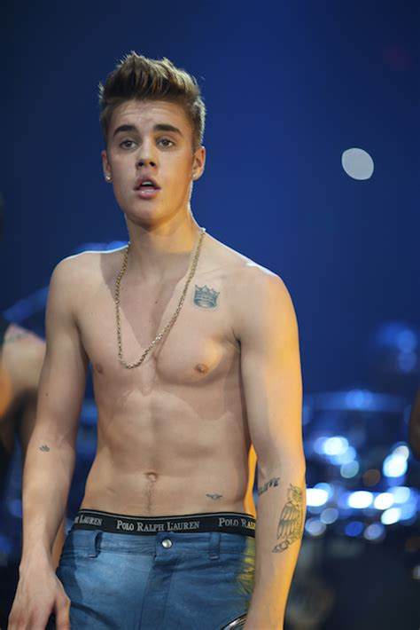 justin bieber shirtless pictures images wallpaper