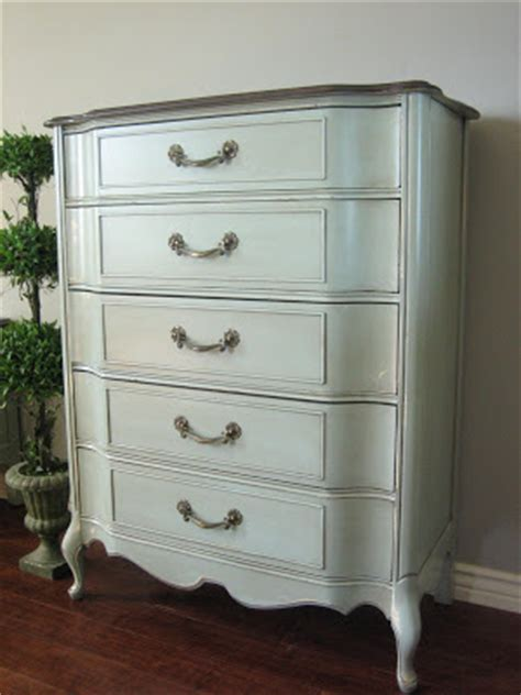16 Inch Wide Dresser European Paint Finishes Bowed Dresser Set