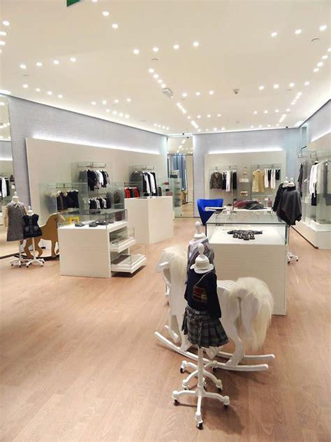 interior design magazine qatar window display vm store interior fendi kids store