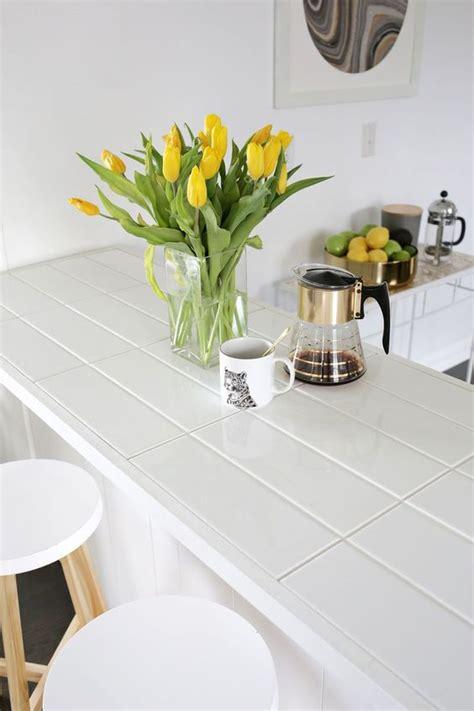 Hot Décor Trend: 24 Tile Kitchen Countertops   DigsDigs