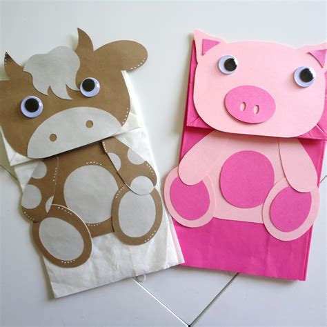 Paper Puppet Crafts - paper bag puppet projects to try